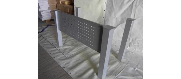 Квадратная угловая опора для стола 80х80х710 мм серая